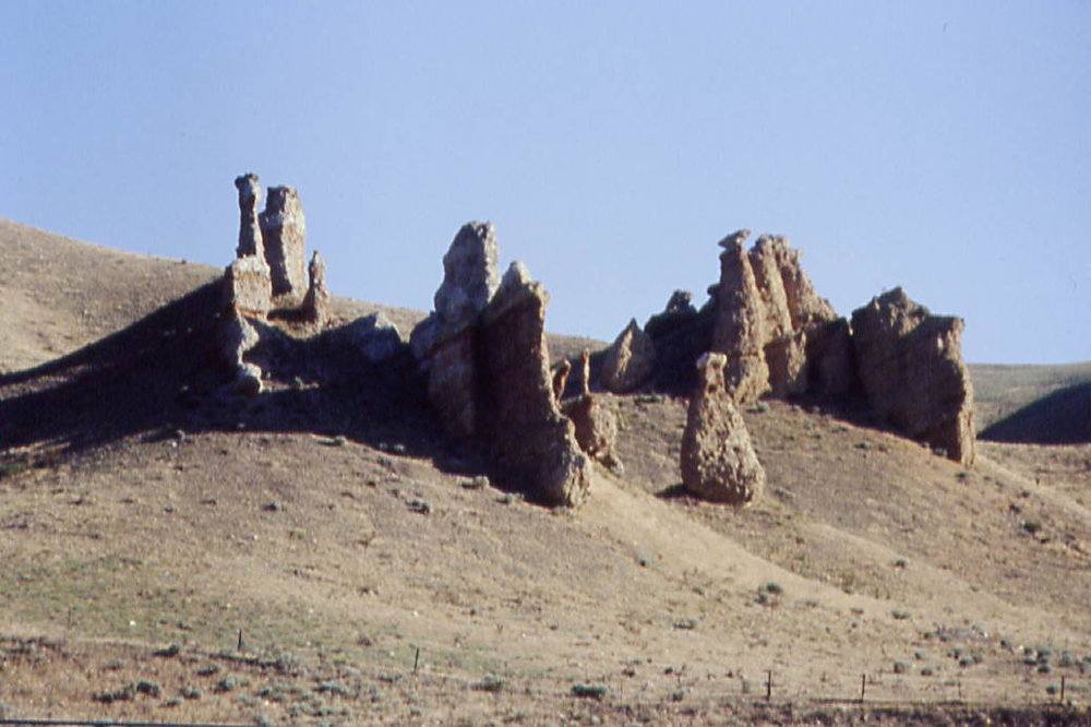 Mormon Trail Witches Rock  north of Echo 0021.jpg