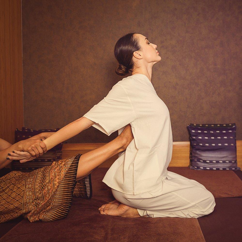 Floor Thai Massage