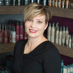 Dawn has been in the industry for over 30 years. She specializes in updos and is certified in Surface Core Cutting, Awaken, curls, and color. Dawn believes in a great consultation for every guest to help reflect their personality and lifestyle.