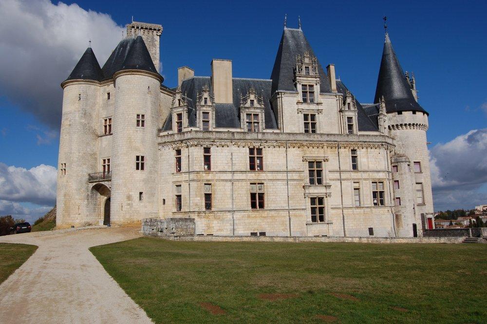 chateau lrp.jpg