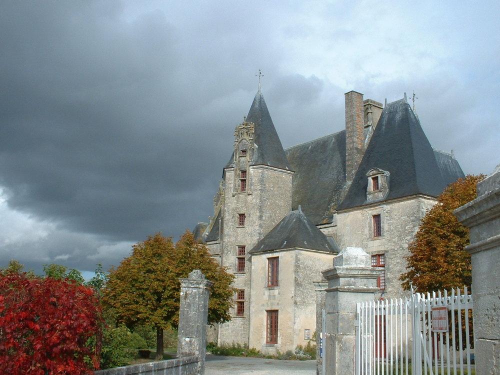 Neuviq le chateau (5).JPG