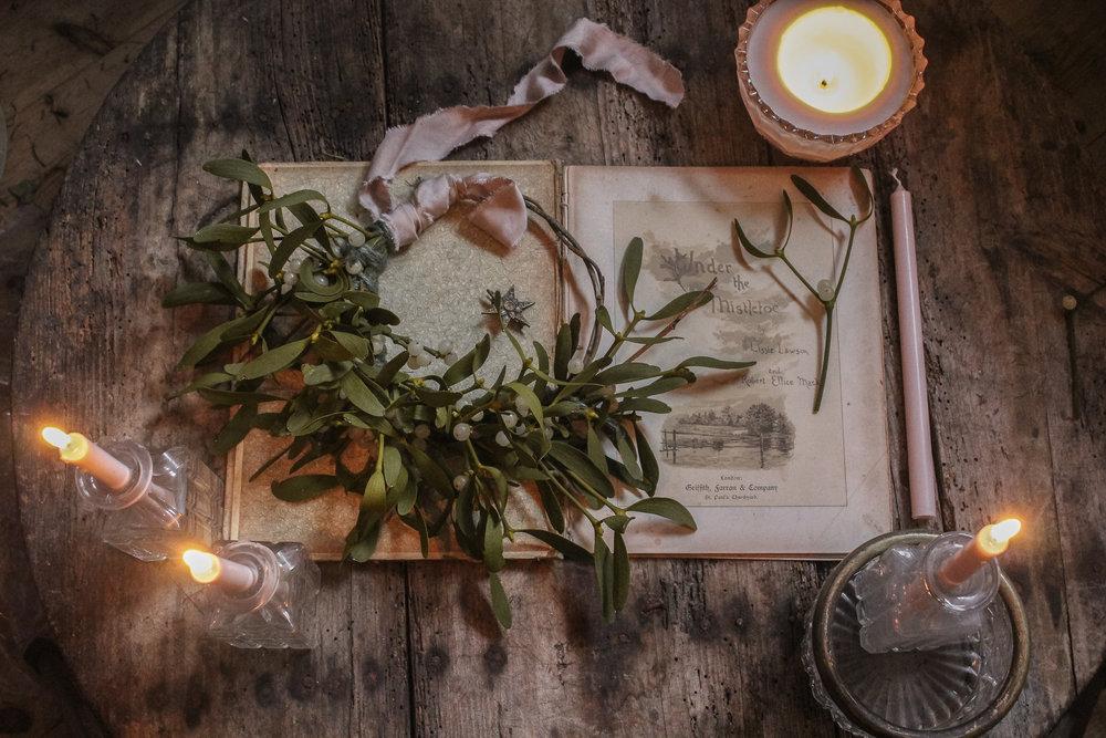 Mistletoe wreath.jpg