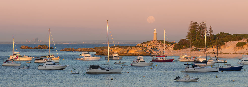 LONGREACH BAY - MOONRISE MAGIC