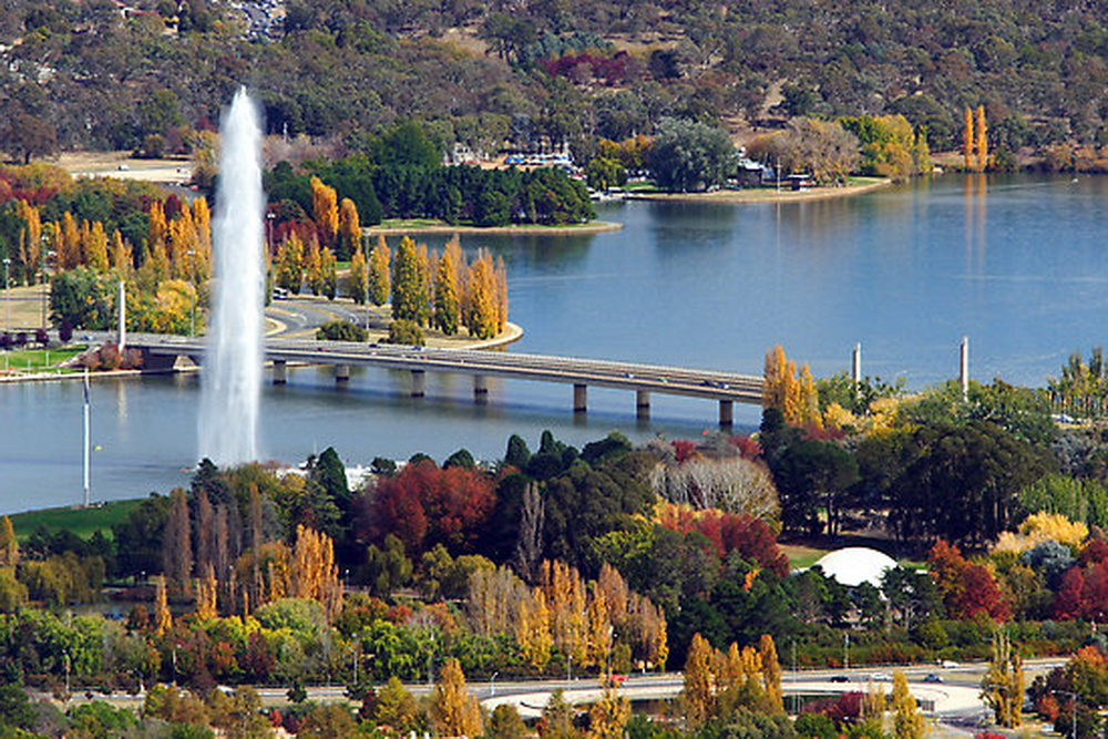 Lake Burley Griffin in Canberra, ACT, Australia