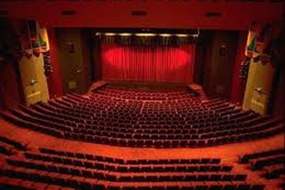 rockhampton-pilbeam-theatre-interior.jpg