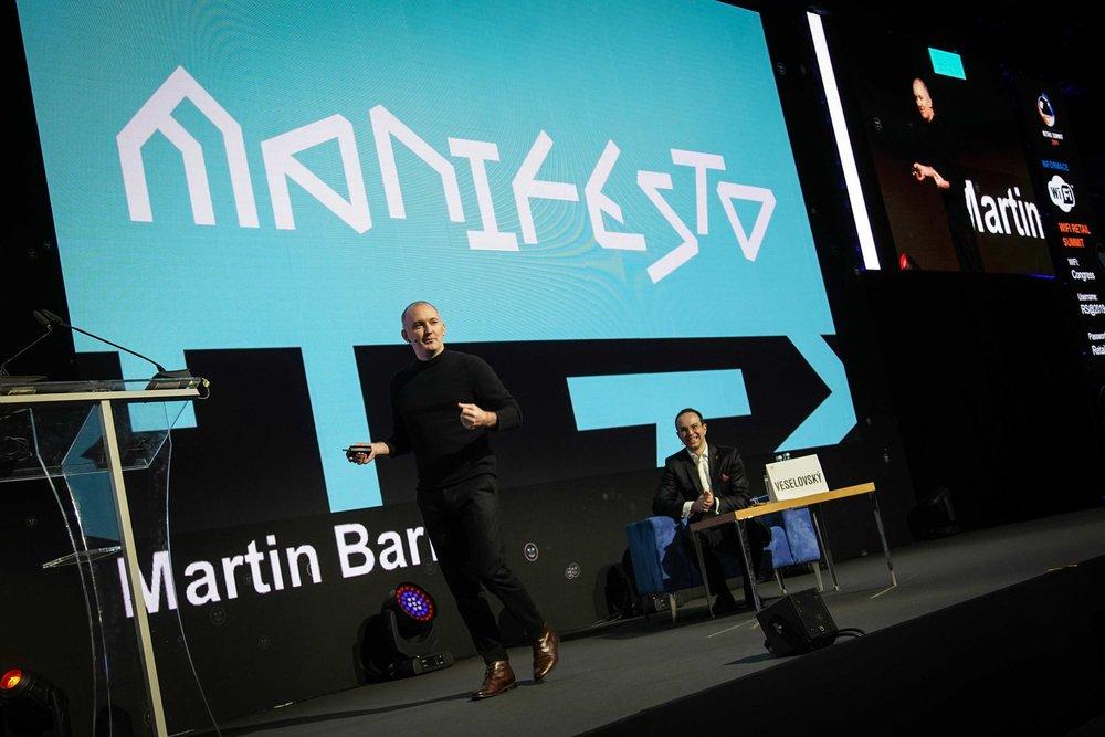 Martin Barry vypráví příběh Manifesta na cenách Obchodník roku