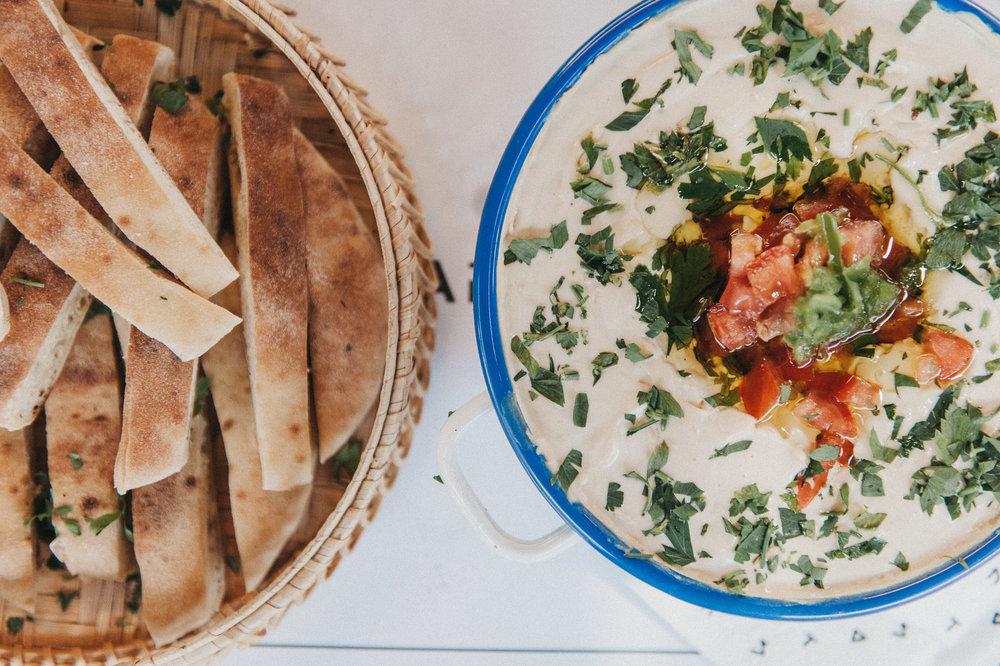 Manifesto-Market-Kapara-Mediterranean-hummus-pita-9705.jpg