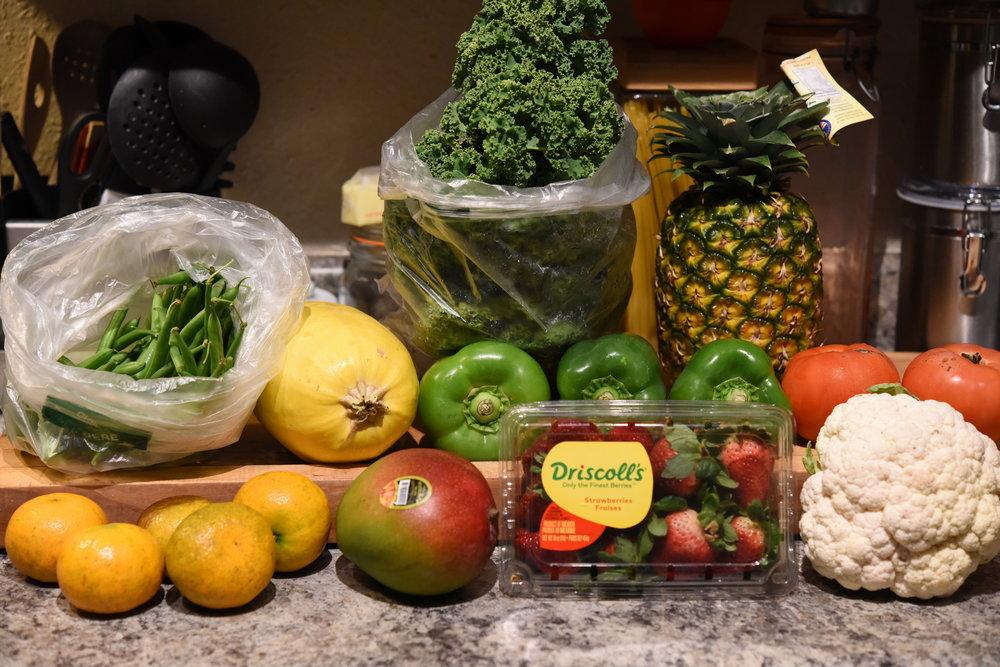 Ungraded Produce 15 lb. Fruit and Veggie Box ($25).