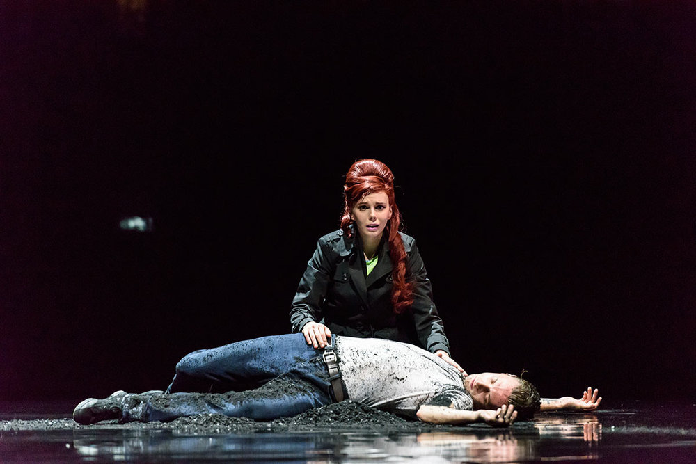 'Run-Mary-Run'-for-Osipova-@-Sadlers-Wells,-Natalia-Osipova-&-Sergei-Polunin-'Jimmy-pulled-from-grave'.jpg