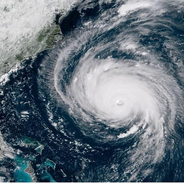 #hurricaneflorence will be dangerous. Stat safe out there