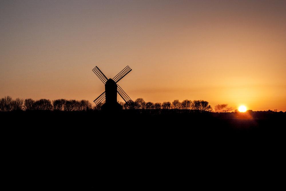 windmill silhouette.jpg