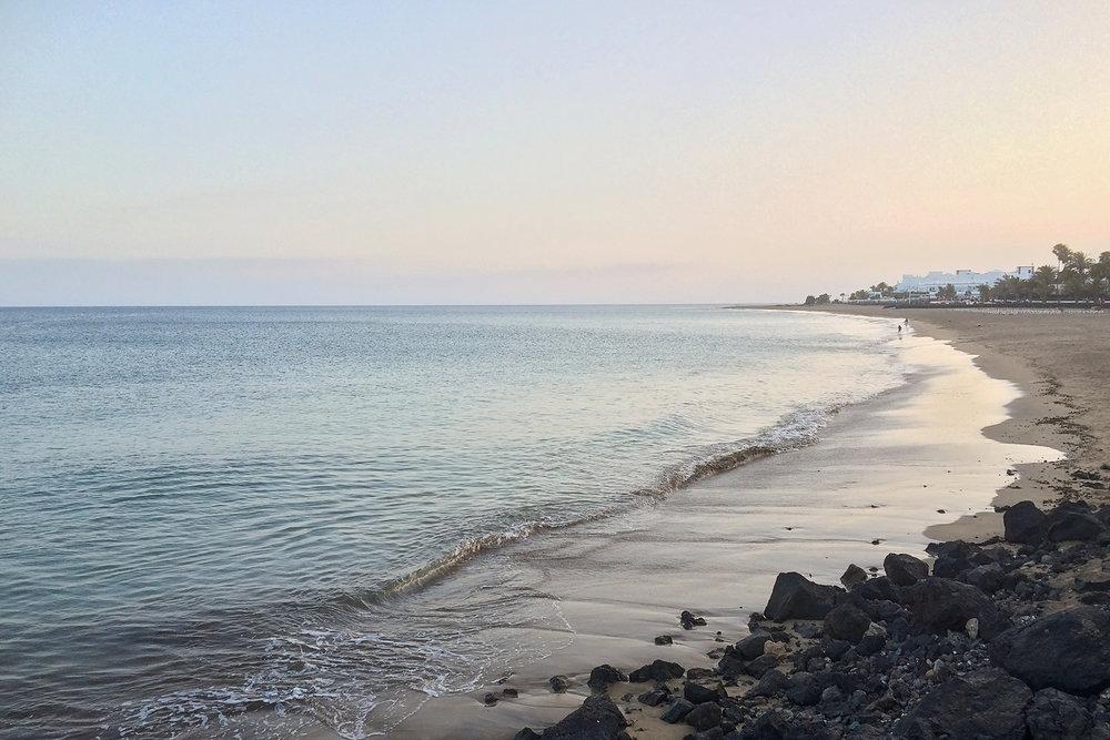 lanzarote beach_5.jpg