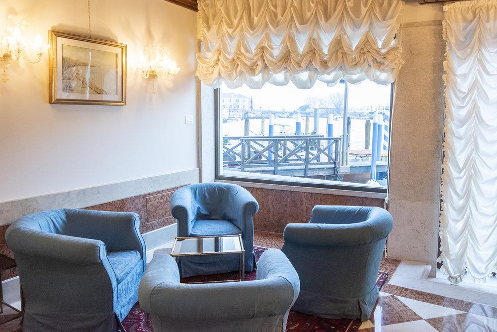 santa chiara hotel lounge.jpg