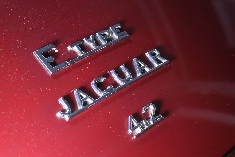 1965_fixed head_coupe_maroon_sayer_jaguar_etype_series_I_4_resized.jpg
