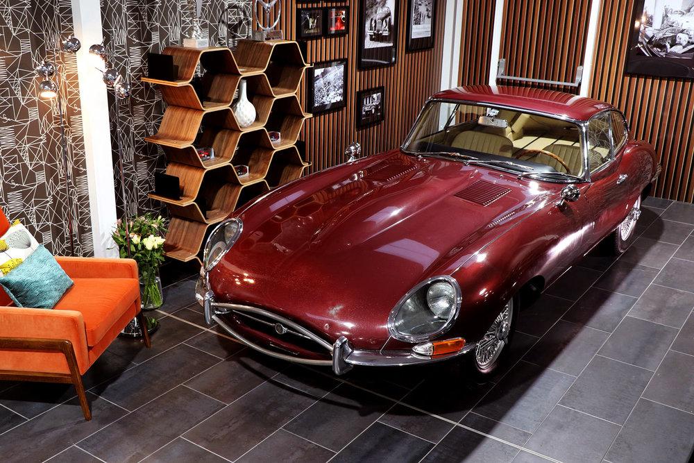 1965_fixed head_coupe_maroon_sayer_jaguar_etype_series_I_3_resizedv2.jpg