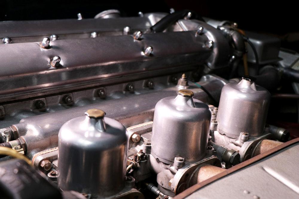 1965_fixed head_coupe_maroon_sayer_jaguar_etype_series_I_24_resized.jpg