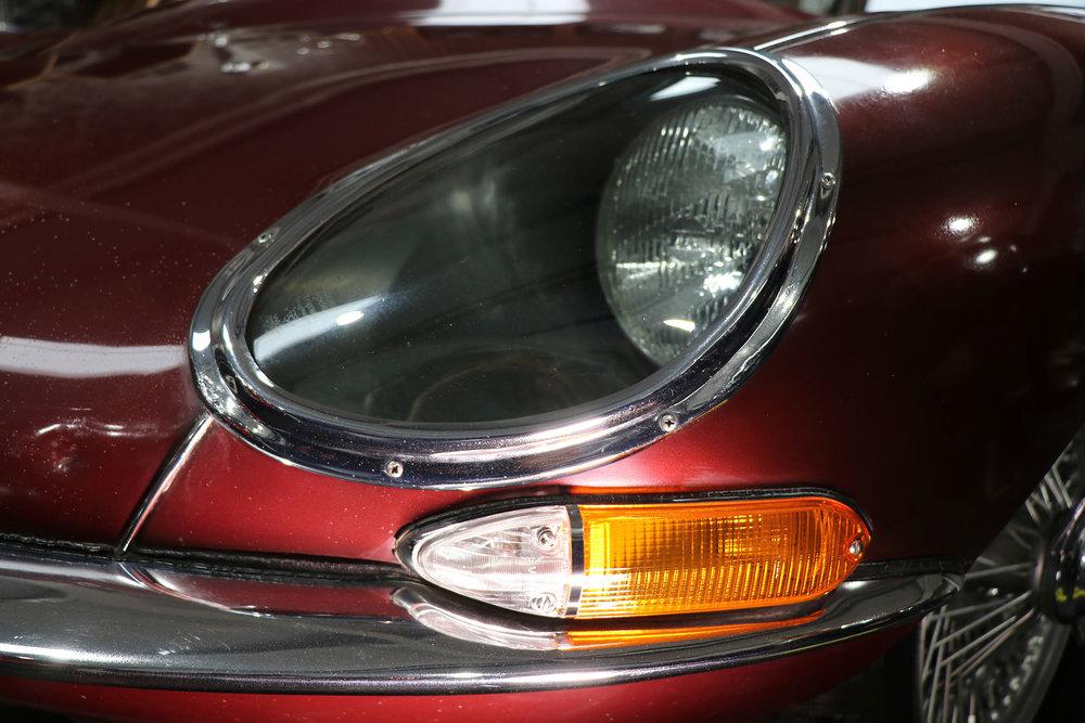 1965_fixed head_coupe_maroon_sayer_jaguar_etype_series_I_19_resized.jpg