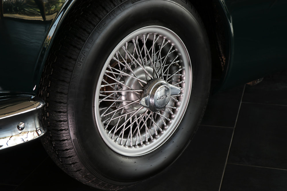 1959_Jaguar_Mark 1_sayer selection_duncan hamilton_lady cheatham_8_web.jpg