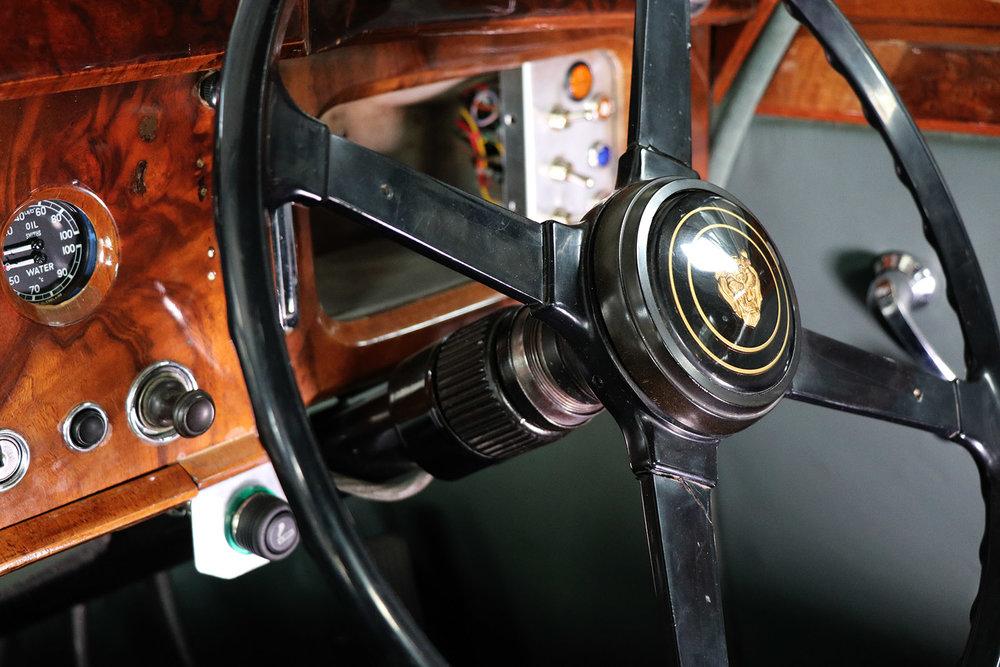 1959_Jaguar_Mark 1_sayer selection_duncan hamilton_lady cheatham_27_web.jpg