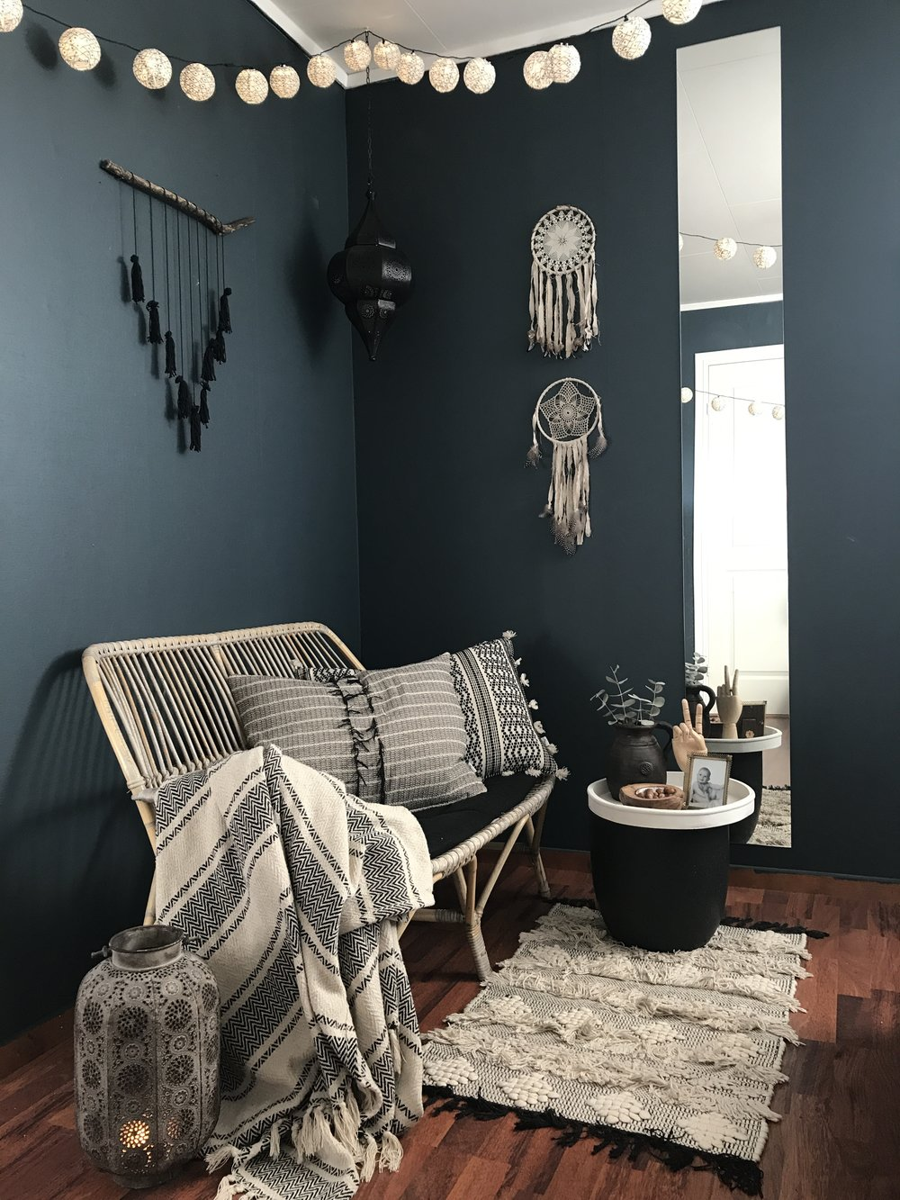 Ruth has used   'Oslo  ' by Jotun here in her home, an absolutely beautiful blue next to those dark wood floors and textures...... I love the long mirror on the wall, which not only looks super stylish but helps to bounce the light from the door opposite back into the room   @norwegianboheme