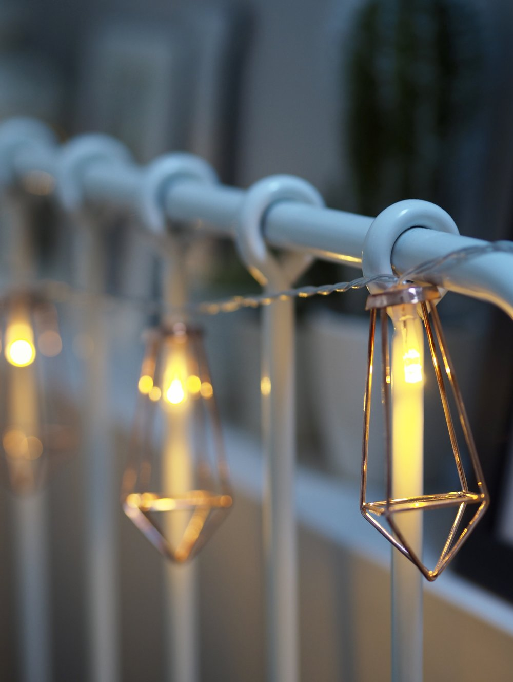 Battery Rose Gold Metal lantern fairy Lights  £9.99   www.festive-lights.com