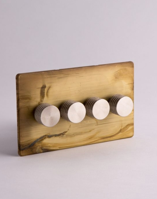 These smoked gold switches with silver knobs from Dowsing & Reynolds are top of my kitchen wish list...... Now this is how you mix metals!   Smoked Gold Quadruple Dimmer Switch - £99.99    www.dowsingandreynolds.com
