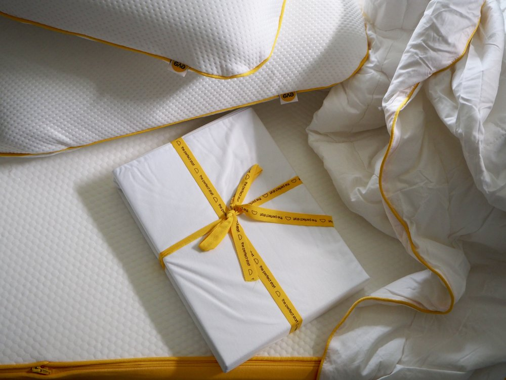 The eve original mattress bundle….. The memory foam pillows have tiny air holes to keep you cool as well as supporting your head and neck. I love that a mattress protector is included in the bundle, being asthmatic myself, the protection from dust mites and 100% organic cotton top layer gives me extra peace of mind.