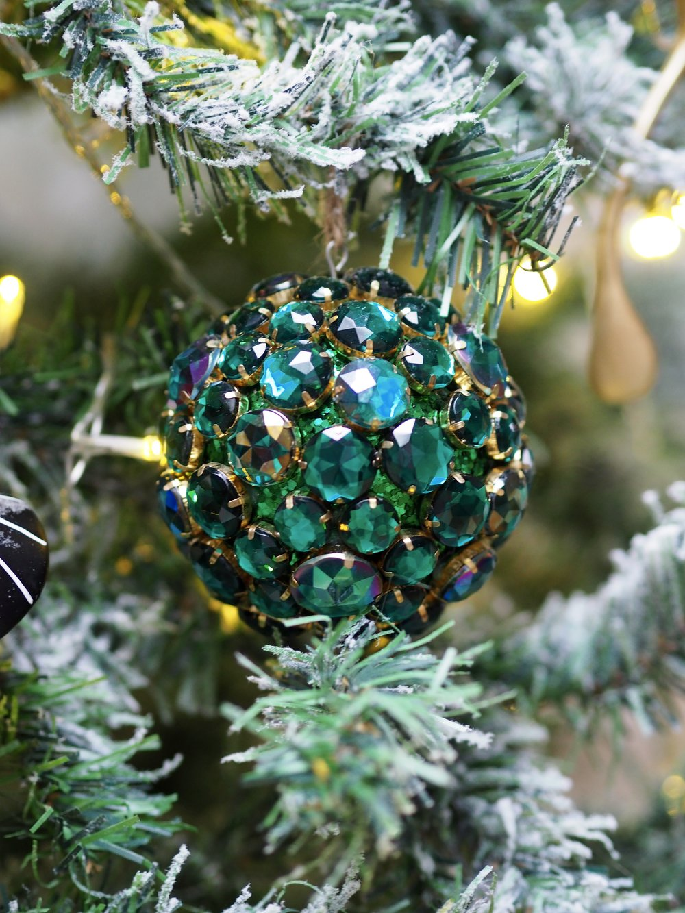 Large Emerald Green Jewel Bauble Hanging Decoration