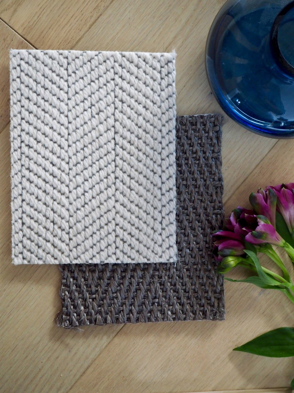Wool Cascade - 101 Light Cloud    /    Sisal Elite Herringbone - Elh125 Graphite