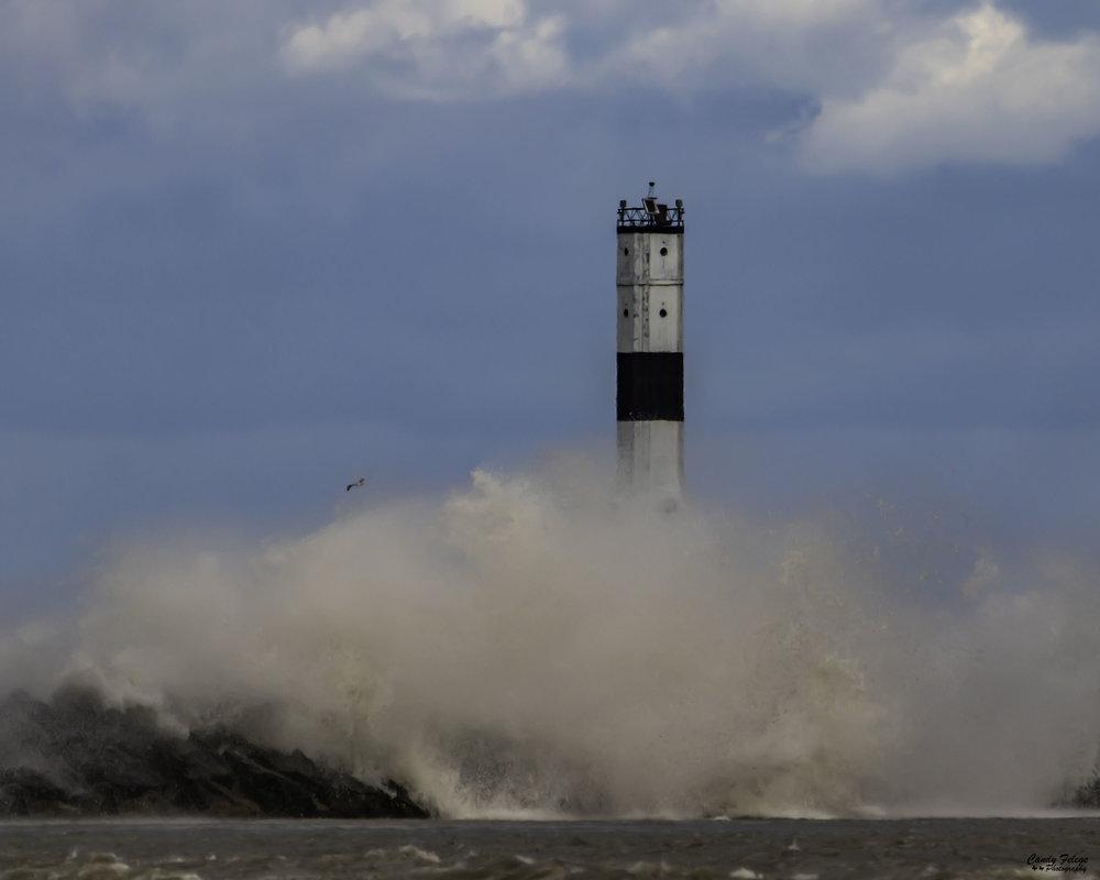 Felege_Lake Erie in October.jpg