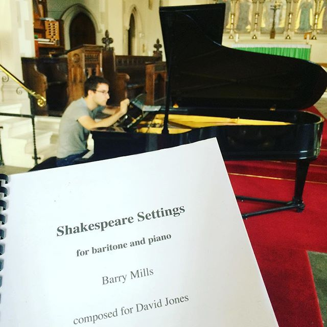 George Ireland and I are in Brighton today for the premiere of these Shakespeare Settings by Barry Mills, alongside other Shakespeare songs by Haydn, Schubert, Sullivan and Finzi. Plus selections from the three Gloucestershire lads: Howells, Gurney and Novello. St Luke's Church, BN2 9ZB, 7.30pm