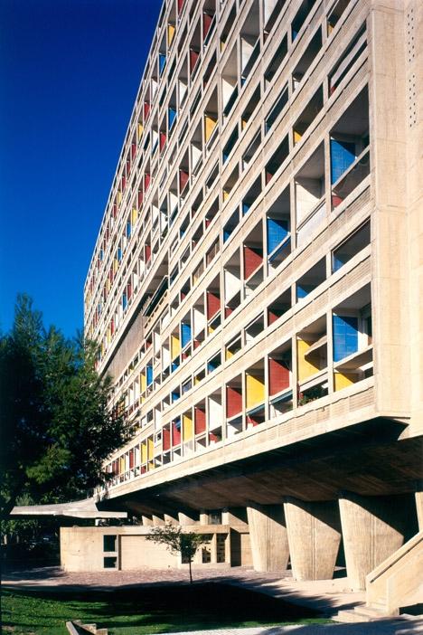 Unite-d-Habitation-by-Le-Corbusier_Foundation-Le-Corbusier_dezeen_468_4.jpg