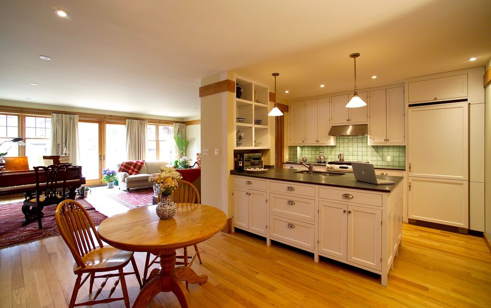 Kitchen added1.jpg