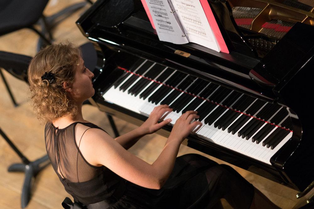 FCO 2016 Sophia Piano.jpg