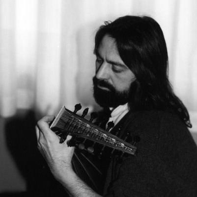 """MASSIMO LONARDI - LUTIST L'Istituto Superiore di Studi Musicali """"Franco Vittadini""""di Pavia"""