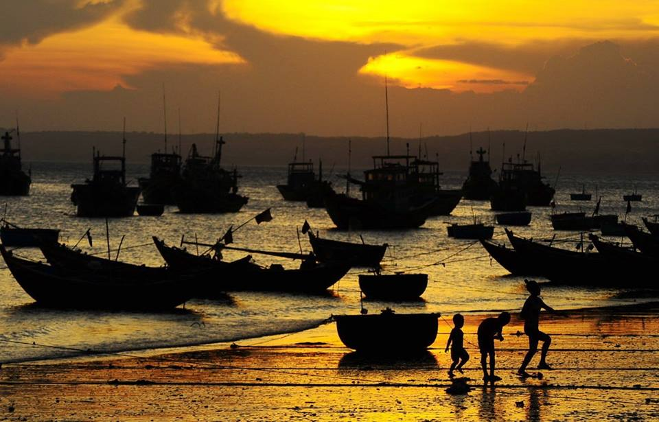 mui ne fishing village.jpg