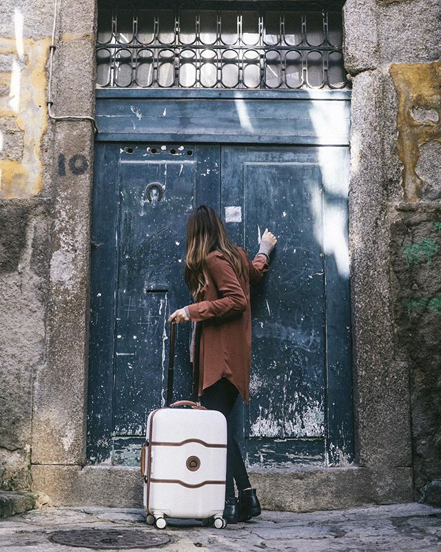 looking around the next destination... Patagonia, Morocco, Lofoten Islands? 🧐 what's on the top of your list if you had no obstacles? No matter where I go, bringing my love with me! @delseyusa (Oh, and my boyfriend too!). . . . . #portugal #porto #iloveportugal #topportugalphoto #visitporto #visitportugal #dametraveler #ladiesgoneglobal #makeadventures #thevisualscollective #visualsoflife #dametraveler #wearetravelgirls #travelstoke #peoplecreatives #helloadventure #ladiesgoneglobal #sheisnotlost #thetravelingfriends #createwithpurpose #forgeyourownpath #wearestillwild #makeadventures #portugal #porto #iloveportugal #topportugalphoto #visitporto #visitportugal