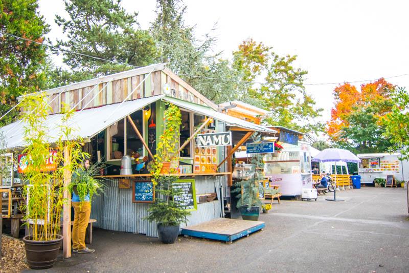 Orbitz-Portland-food-Carts-Getting-Stamped-9.jpg
