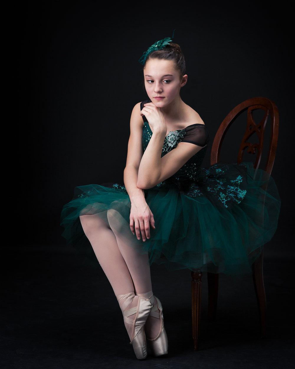 Ed Dancers 2 181 web.jpg