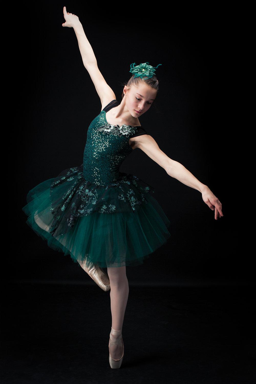 Ed Dancers 2 116 web.jpg