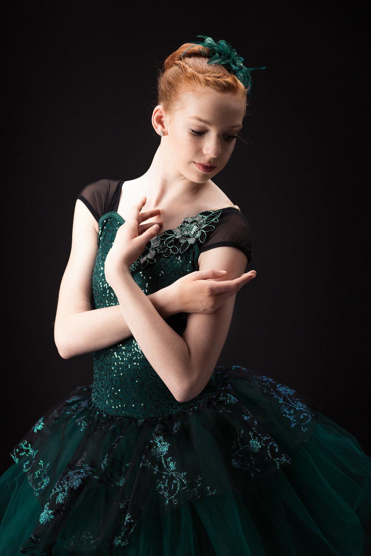 Ed Dancers 2 257 web.jpg
