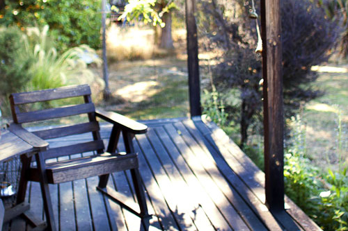 Cabbage-Tree-Cottage-BandB-deck-1.jpg
