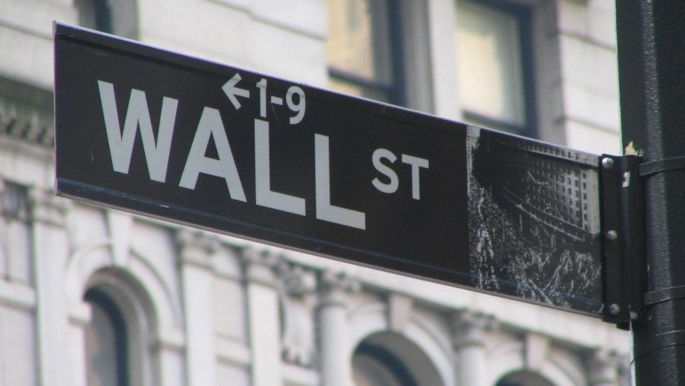 Wall_Street_Sign-e1404908905131.jpg