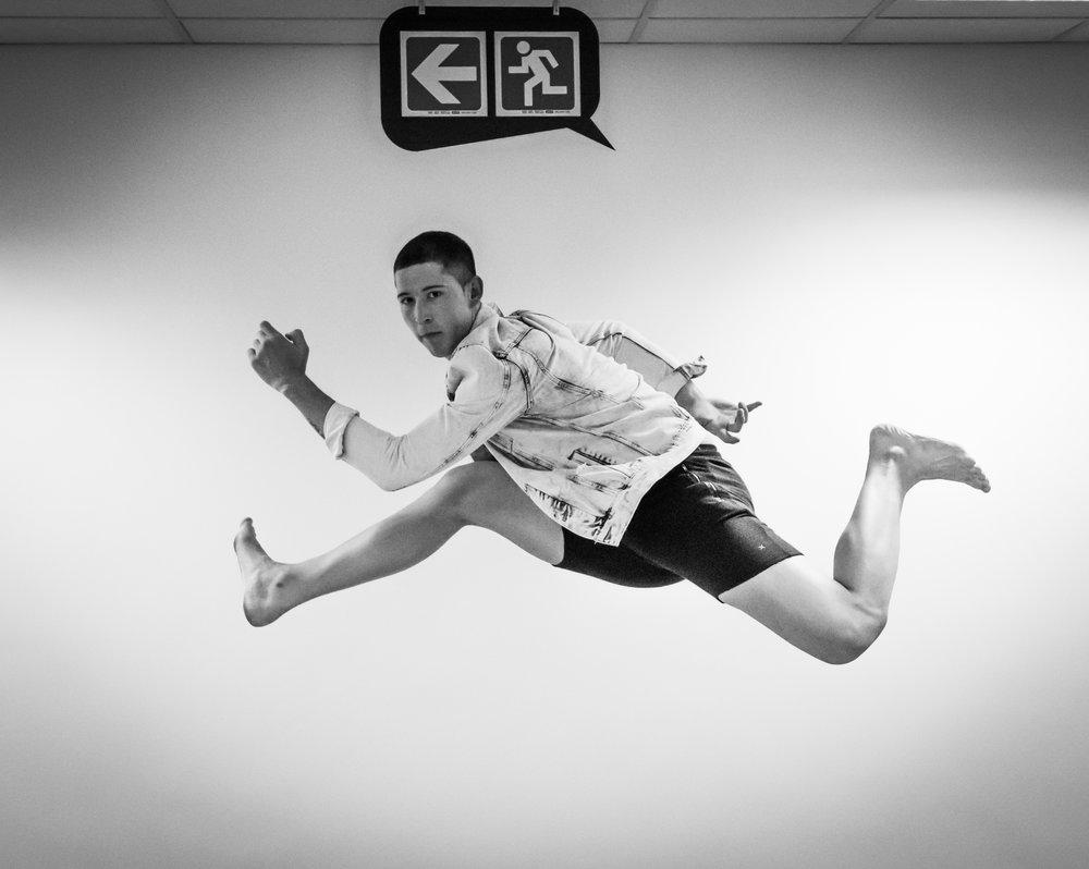 Dancers-1-4.jpg