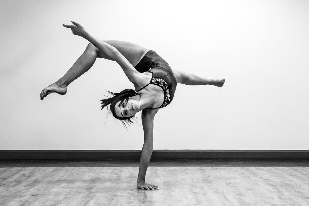 Dancers-7.jpg