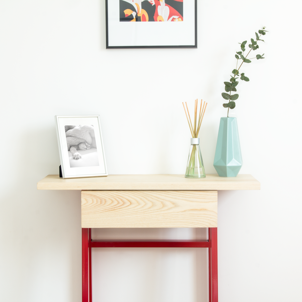 DESIGNER FURNITURE THAT SUITS YOUR LIFESTYLE - Check our range of products >