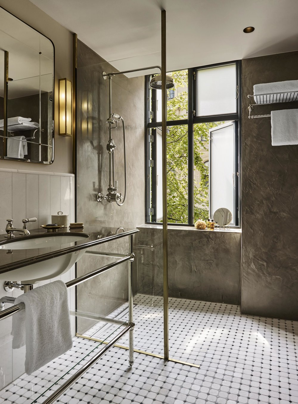 bathroom small.jpg