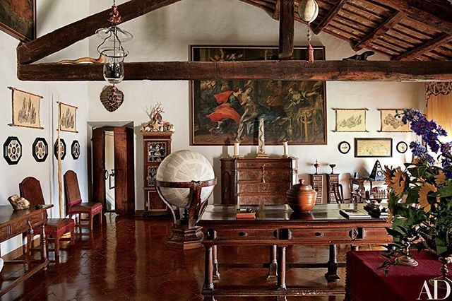 what: living room of count raniero gnoli's home  where: outside rome, as seen in @archdigest why: because history in live performance