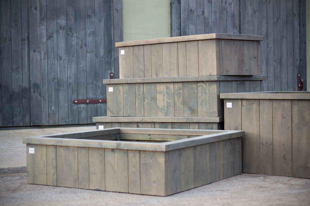 .... Garden boxes .. Dārza kastes ....