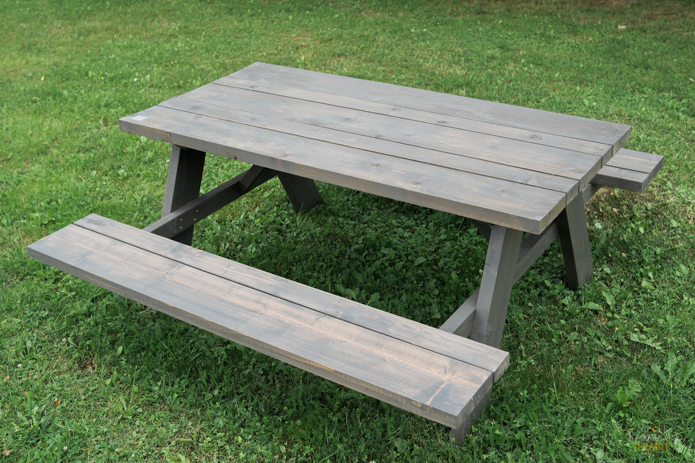 .... Garden table with benches .. Dārza galds ar soliņiem ....